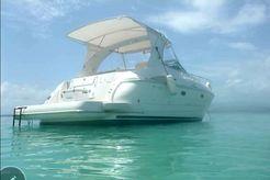 2006 Cruisers Yachts Express