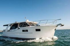 2019 Custom North Harbour Motor Yachts Sedan 45