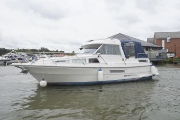 2000 Marex 2800 Holiday