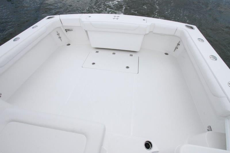 2020 Albemarle 36 Express - Cockpit / Fishing Equipment 5