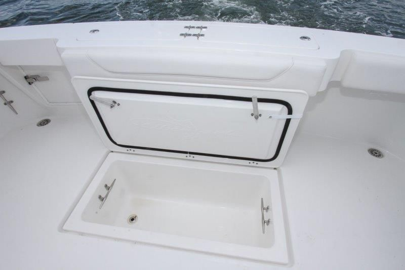 2020 Albemarle 36 Express - Cockpit / Fishing Equipment 7