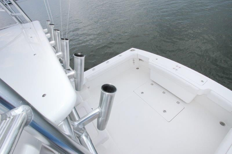 2020 Albemarle 36 Express - Cockpit / Fishing Equipment 4