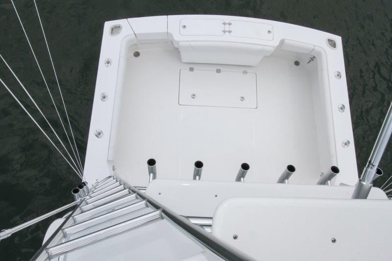 2020 Albemarle 36 Express - Cockpit / Fishing Equipment 8