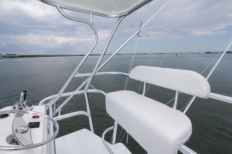 2020 Albemarle 36 Express - Deck 3 - Tower Helm Seat