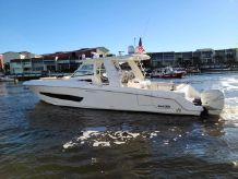 2016 Boston Whaler 42 OUTRAGE