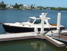 2011 Hinckley 37 Picnic Boat MK III