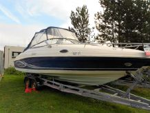 2005 Rinker 232 Captiva Cuddy
