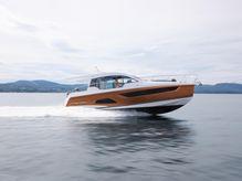 2020 Sealine C390