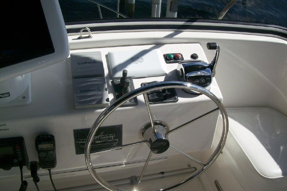 Bow and Stern Thruster Controls, Auto Pilot, and Electronic Shift