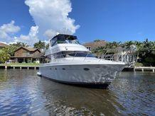 2000 Carver Motor Yacht