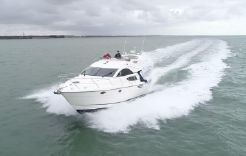 2006 Fairline Phantom 40