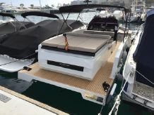 2017 De Antonio Yachts D28 Open