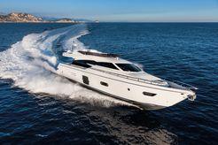 2014 Ferretti Yachts 750