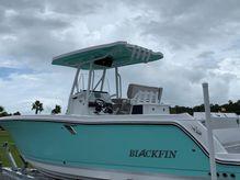 2021 Blackfin 242CC