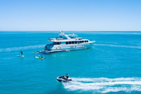 2004 Broward Motor Yacht