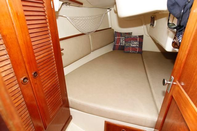 1985 Pearson 36-2 - Pearson 36-2 Aft Stateroom Double Berth