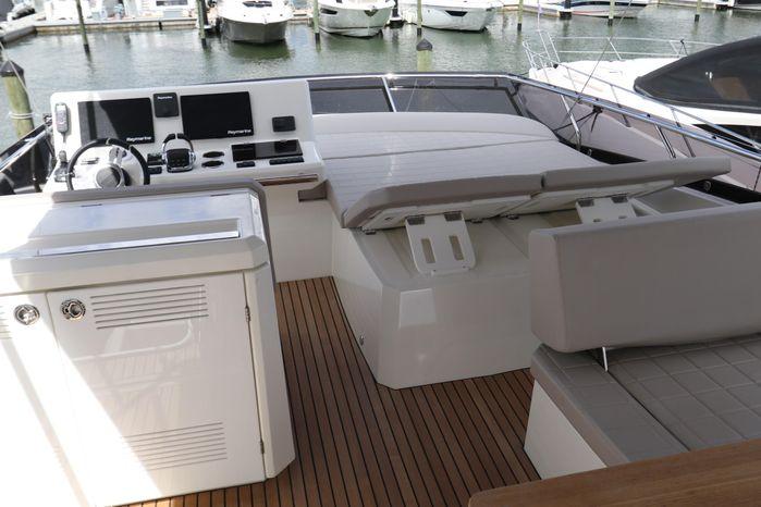 2019 Prestige Broker BoatsalesListing