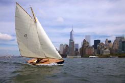 2013 Herreshoff Buzzards Bay 18