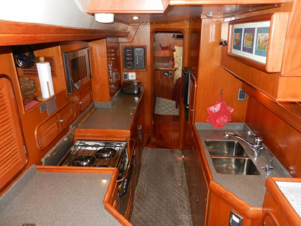 2003 Tayana BoatsalesListing Connecticut