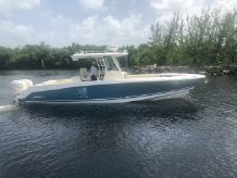 2017 Boston Whaler 33 OR
