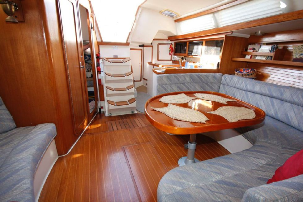 1991 Catalina 42 Two cabin - Salon looking aft