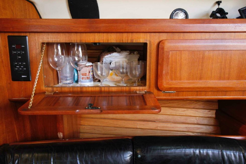 1996 Hunter 42 - Hunter 42 Cupboard