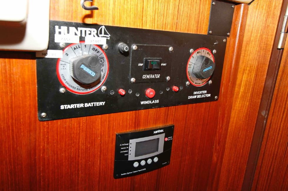 1996 Hunter 42 - Hunter 42 Battery Switches