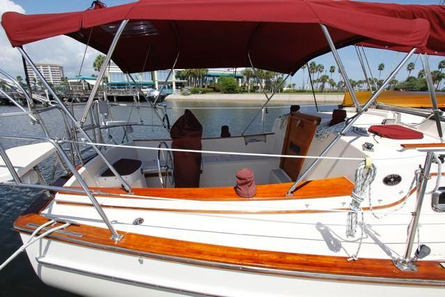 Island Packet 31 Cockpit Bimini