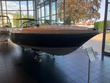 2009 Chris-Craft Lancer 20 Heritage Edition