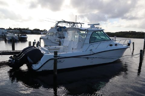 2012 Boston Whaler 345 Conquest
