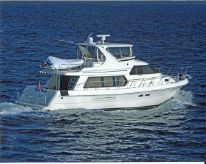 2005 Hampton 558 Pilothouse
