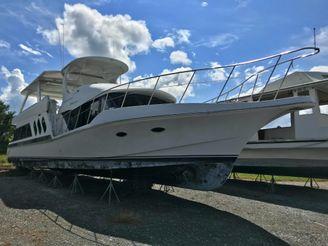 1999 Bluewater Yachts 6900 Custom Series