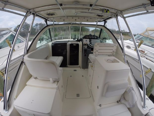 2004 Pursuit 3100 Offshore