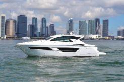 2019 Cruisers Yachts 46 Cantius