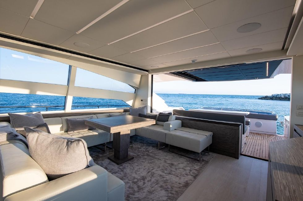 2017 Pershing 82 VHP - Pershing 82 - Salon Connected to Cockpit