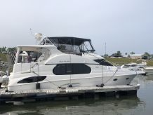 2004 Silverton 43 Motor Yacht - ALL FRESH WATER HISTORY