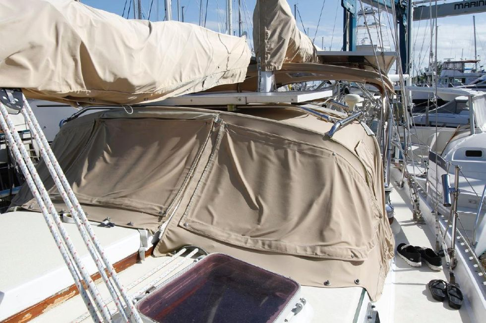 Bayfield 40 Ketch Dodger