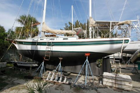 1983 Bayfield Yachts Cutter Ketch