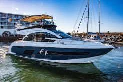 2019 Fairline Squadron 53 Flybridge