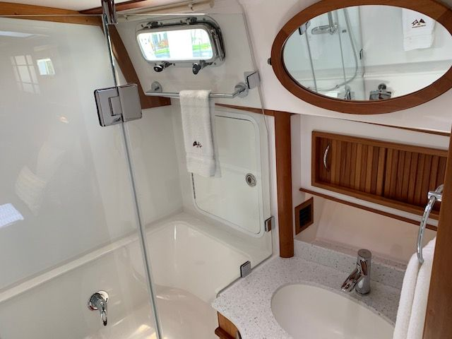 2014 Sabre 48 Salon Express
