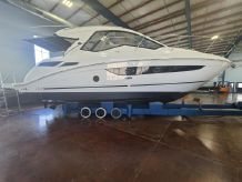 2017 Sea Ray 350 Coupe