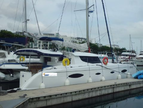 2009 Fountaine Pajot Salina 48