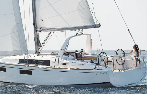 2018 Beneteau America Oceanis 35.1