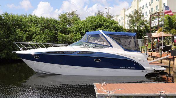 Bayliner 350 Sport Cruiser Bayliner 350 Sport Cruiser
