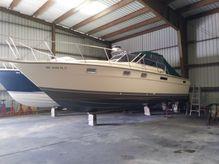 1980 Tiara Yachts 3100 Open