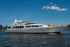 2000 Christensen Motoryacht