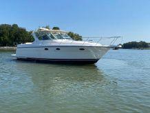 1999 Tiara Yachts 3500 Express