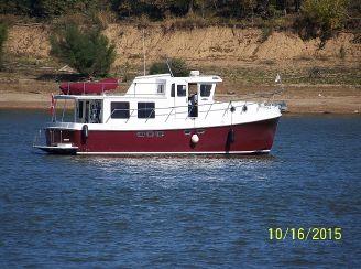 2005 American Tug 41 Pilothouse