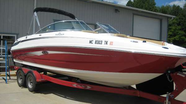 Sea Ray 24 FT. SUNDECK SEA RAY
