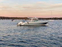 2018 Boston Whaler 320 Vantage